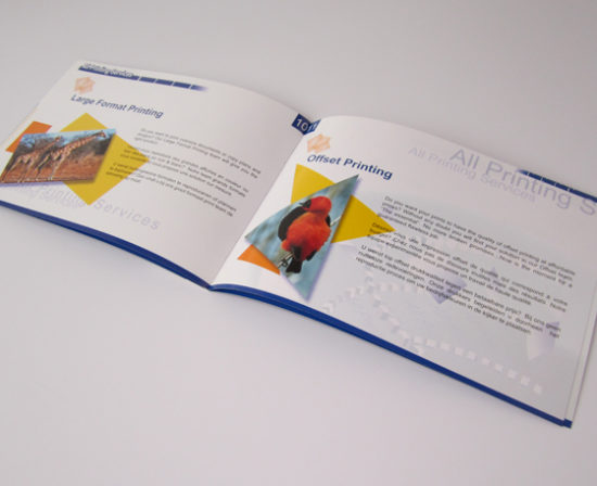 brochure agrafe ouvert