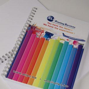 brochure met metaalringen 2